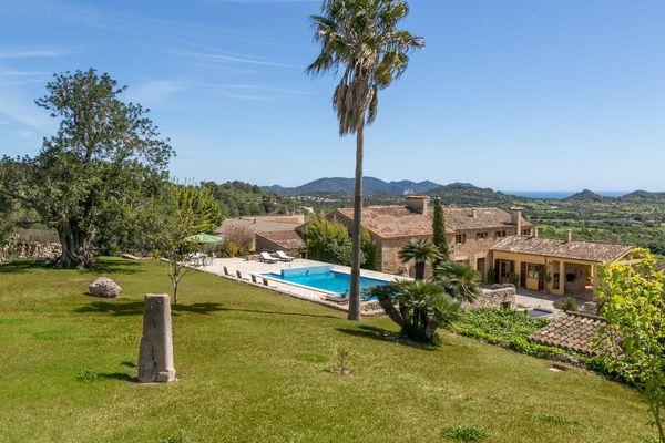 Finca Xiclati mit Pool, Garten und Bergblick