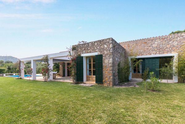 Landhaus mit Garten