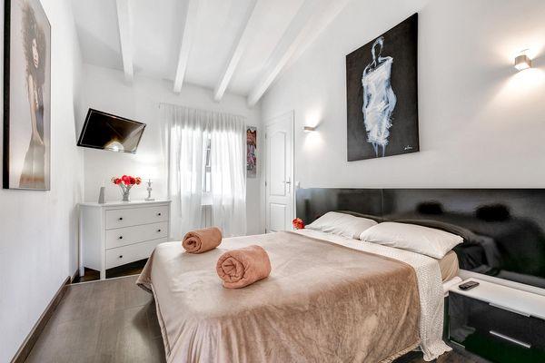 Weiteres Doppelbettschlafzimmer