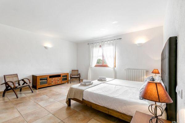 Geräumiges Schlafzimmer für 2 Personen