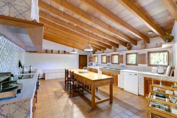 Rustikal-moderne Küche