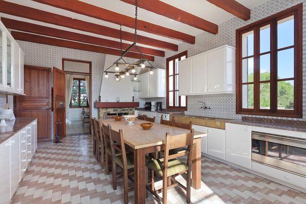 Küche mit rustikalem Charme