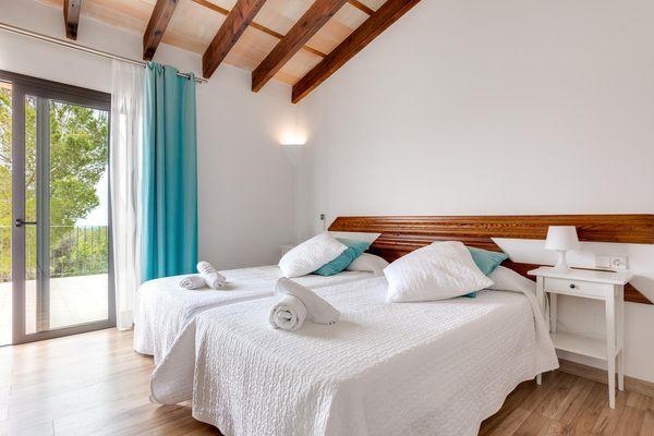 Einzelbettzimmer mit Terrassenzugang