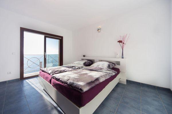 Weiteres Schlafzimmer mit Meerblick