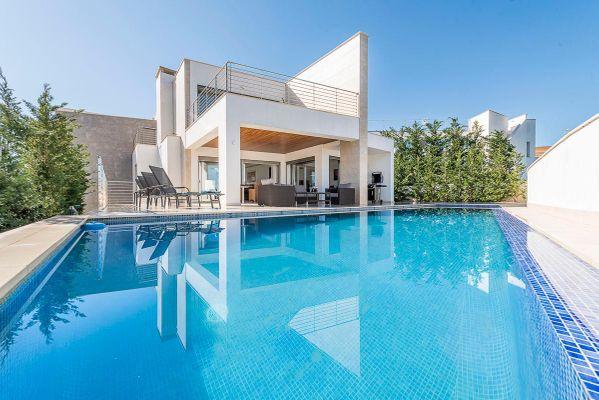 Villa Carlos Suasi
