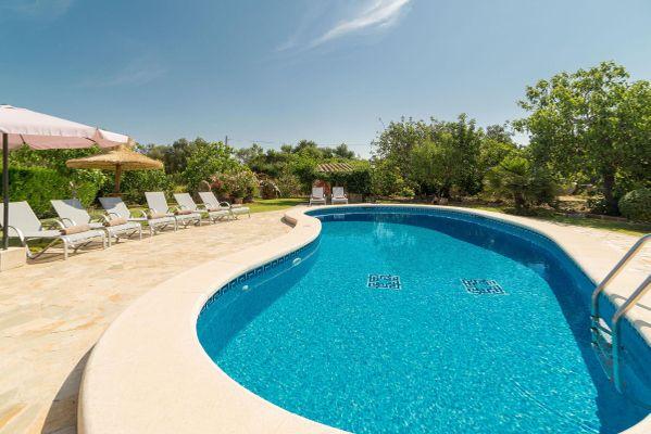 Corona - Pool