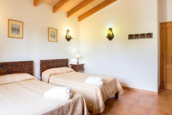 Corona - Schlafzimmer mit Einzelbetten