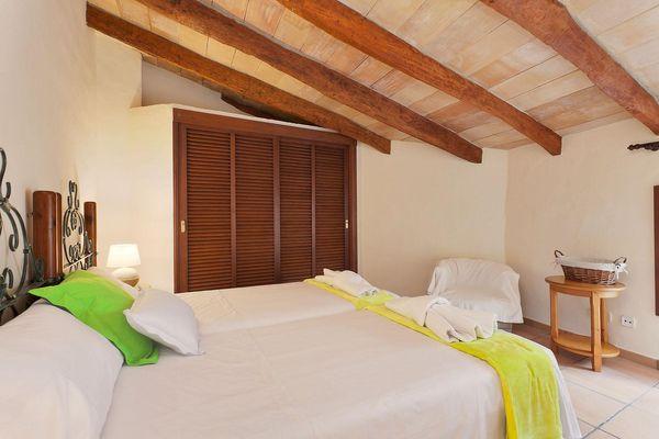 Doppelbett für angenehme Nachtruhe